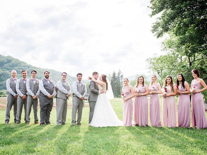 Tmx 1533911765 94804eccf8efff6c 1533911764 88a822a8cfde430e 1533911756827 11 CarllReception 44 Newport News wedding beauty