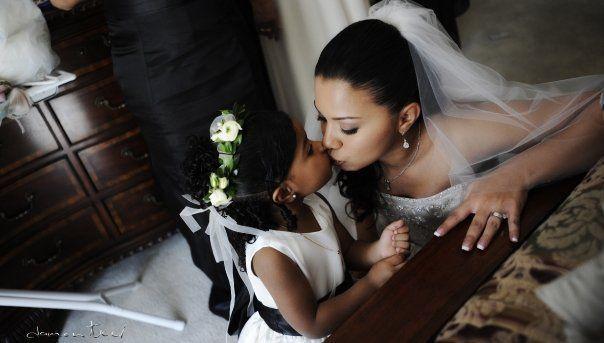 Bridewithflowergirl