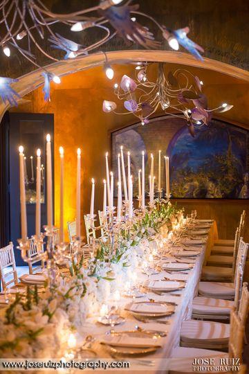 Imerial table decor