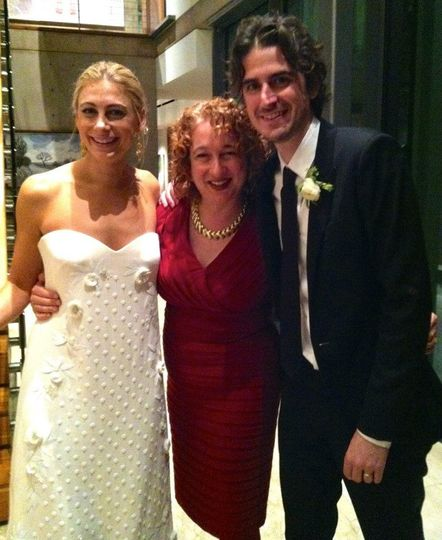 Couple with Rabbi Wendy Spears