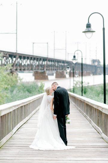 a856b06411f70a8e 1535462386 db874b6c77c48afe 1535462642148 7 Megan Drew Wedding
