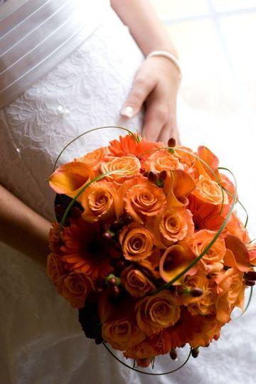 orange wedding bouque