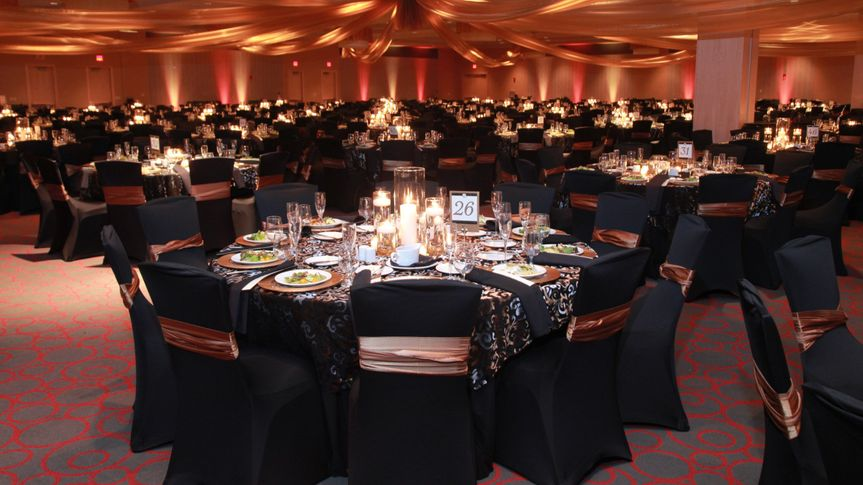 Motorcity casino hotel venue detroit mi weddingwire for Motor city beauty salon