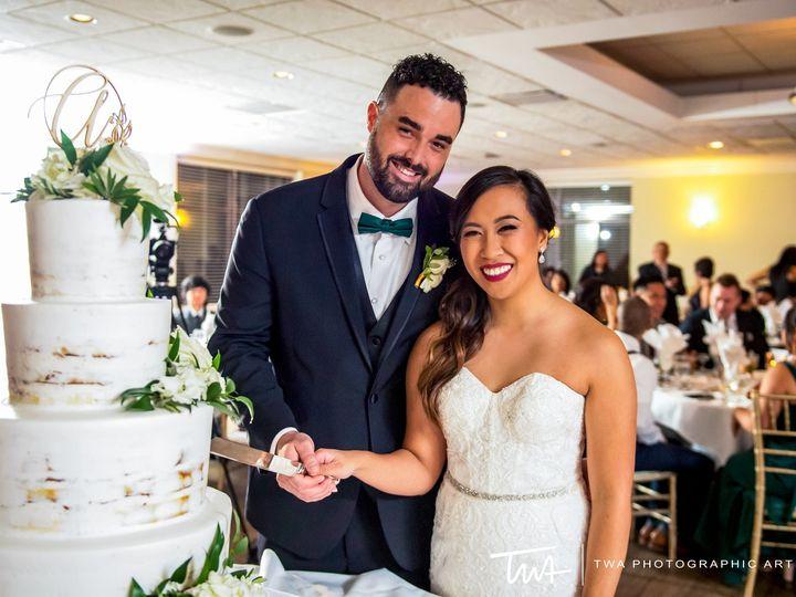 Tmx Cake Cutting 51 2434 1562102573 Hoffman Estates, IL wedding venue