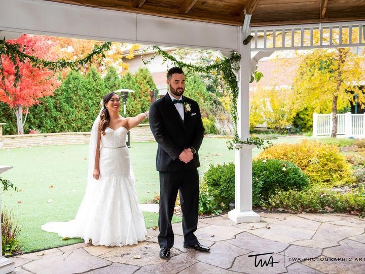 Tmx Gazebo First Look 51 2434 1562102342 Hoffman Estates, IL wedding venue