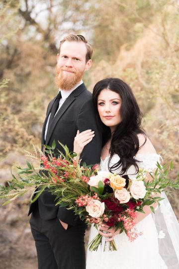 Romantic Style Bride and Groom