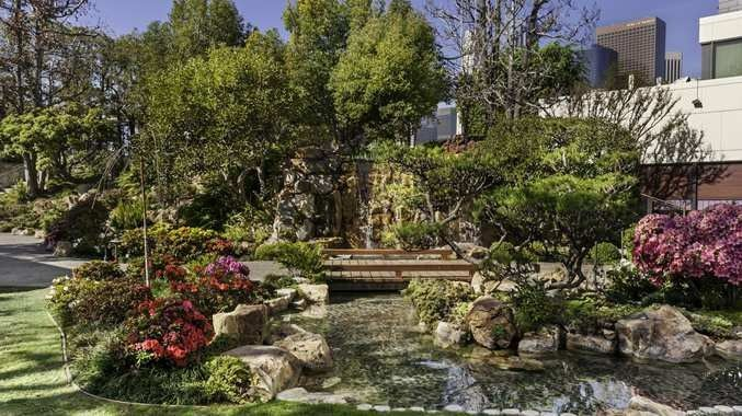 Doubletree By Hilton Los Angeles Downtown Kyoto Gardens Venue Los Angeles Ca Weddingwire