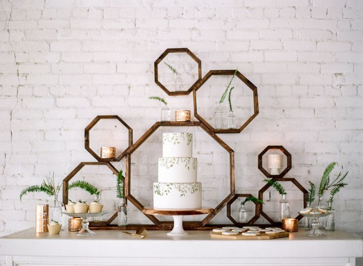 Hand Painted greenery/geometric octagon backdrop