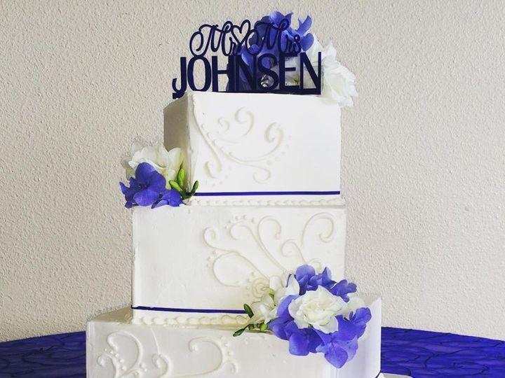 Tmx 1453165566685 Wharfinger Arcata wedding cake