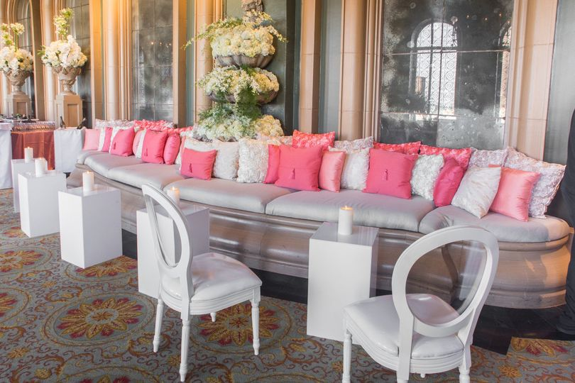 Chiavari Chair Rentals of Dallas