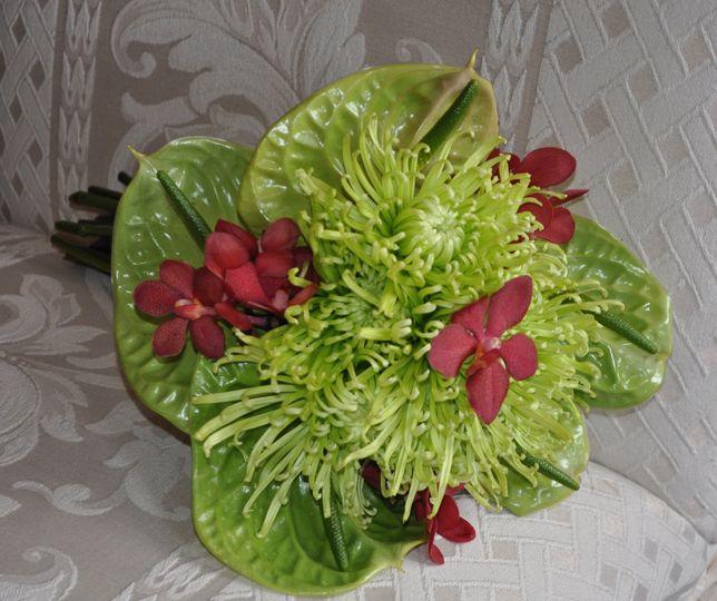 Modern lime green bouquet