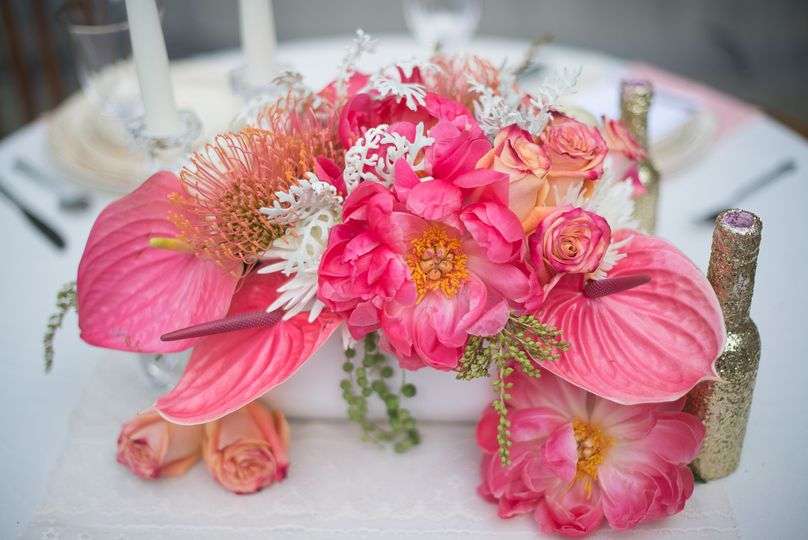 jessica wood photography coral centerpiece