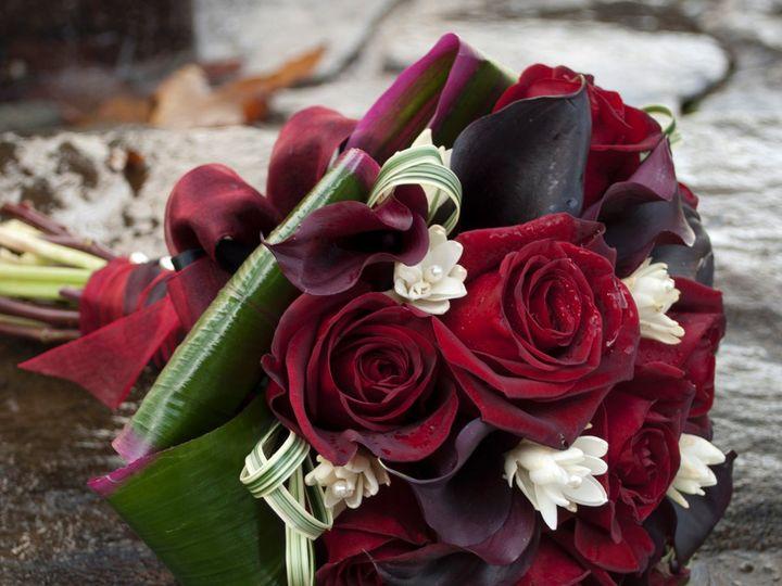 Tmx 1348002158932 BurgundycallaliliesredrosesFlorUnique1 Redondo Beach, California wedding florist