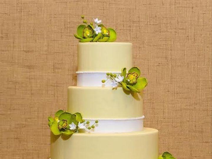 Tmx 1398396335542 Yellowcakeandgreenflower Brooklyn wedding cake