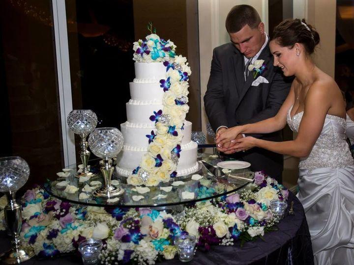 Tmx 1528993346 791eeceb6e4b2bce 1528993345 00bfa361e095f1e2 1528993344006 11 10175963 10202518 Fort Myers, FL wedding venue