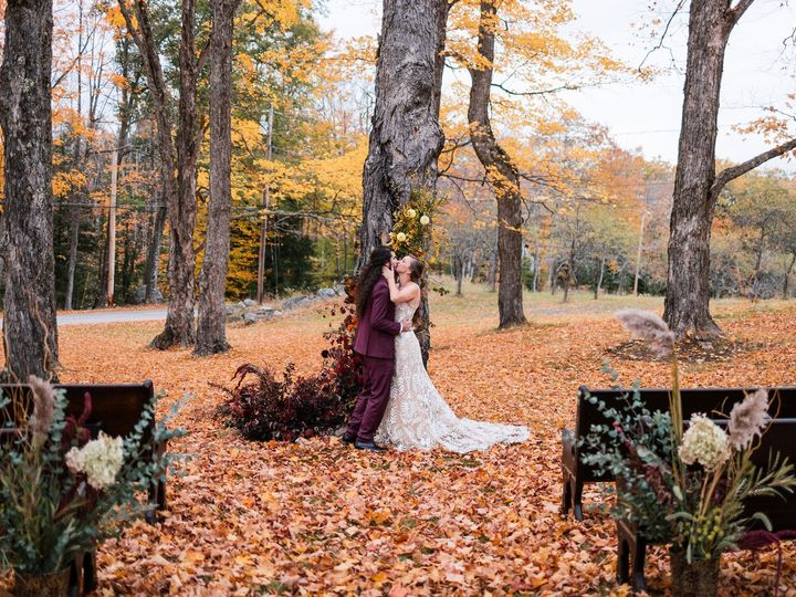 Tmx Maple Rock Styled Shoot Sneak Jfp 27 51 633534 1572447420 Parsonsfield, ME wedding venue