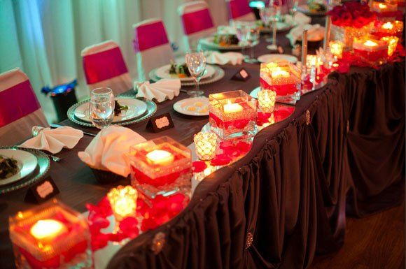Candlelit head table setup
