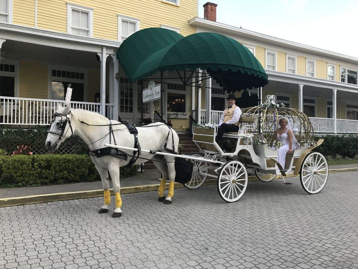 Tmx 1513352487510 Img2205 Loxahatchee wedding transportation