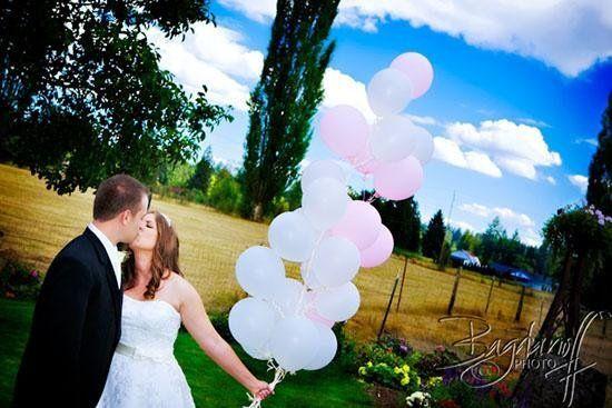 5a984ff893b25a3f 1236642960365 Wedding10