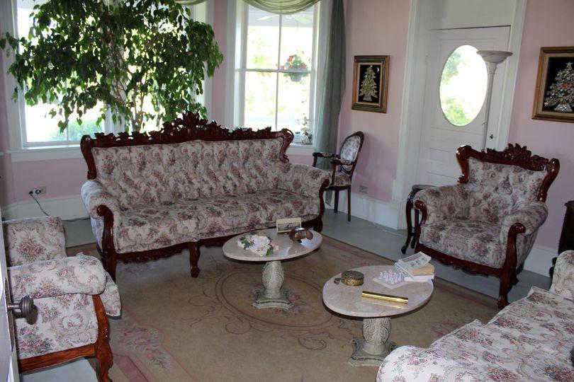 Elegant get-ready suite