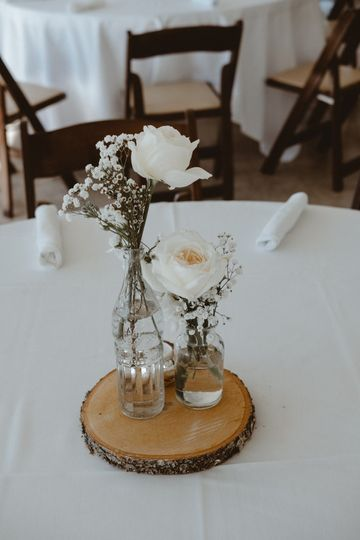Small table centerpiece