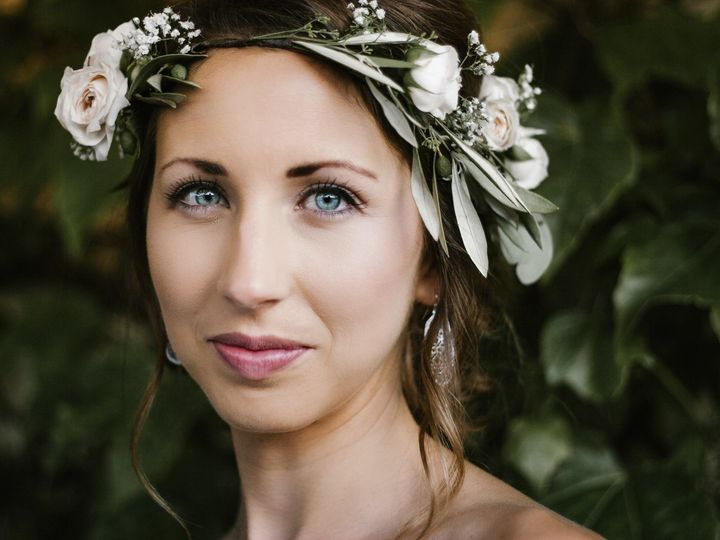 Tmx Bride In A Floral Crown 51 558534 1567106507 Middleton, WI wedding photography