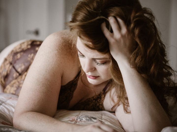 Tmx Red Headed Woman In Lingerie On A Her Bed 51 558534 1567107371 Middleton, WI wedding photography