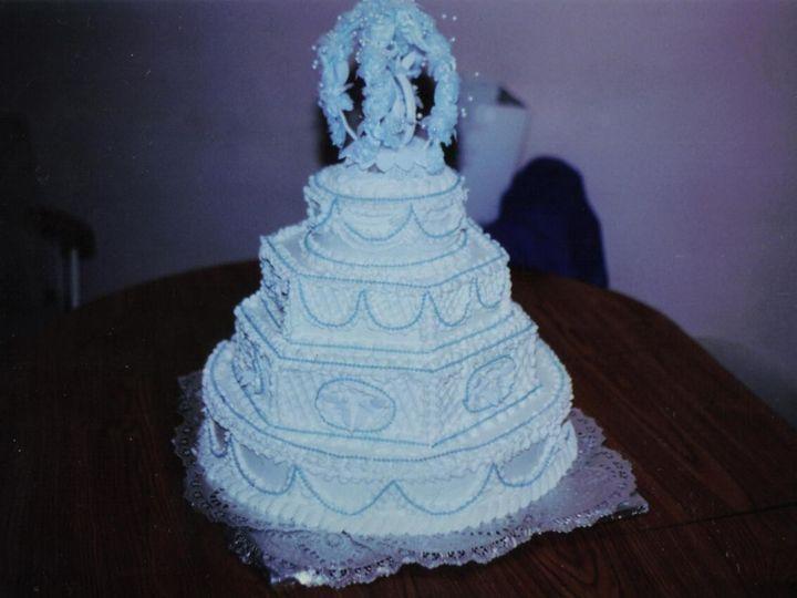 Tmx 1531896171 75b51a910a8d4260 1531896169 E07ff8c782078d73 1531896133616 35 240BFC23 8F6D 42F Butte wedding cake