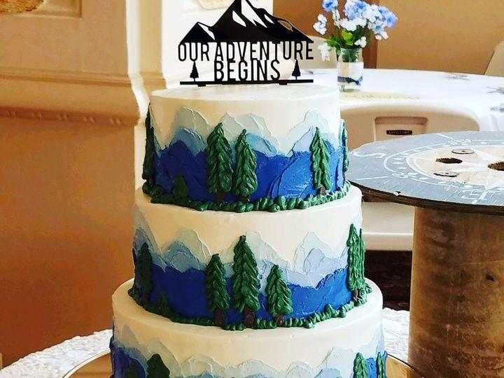 Tmx 1531896171 Defae826d57db5f8 1531896169 A68b3331ad32cfc1 1531896133616 36 8EBA8218 6F12 45A Butte wedding cake