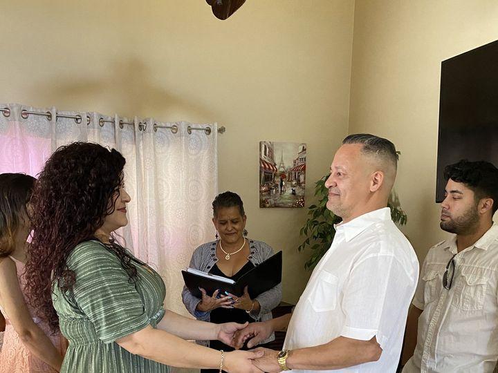 Tmx Img 7363 51 1005634 161912553352055 Saint Petersburg, FL wedding officiant