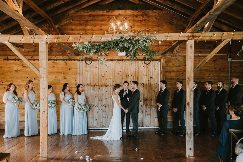 A beautiful indoor ceremony