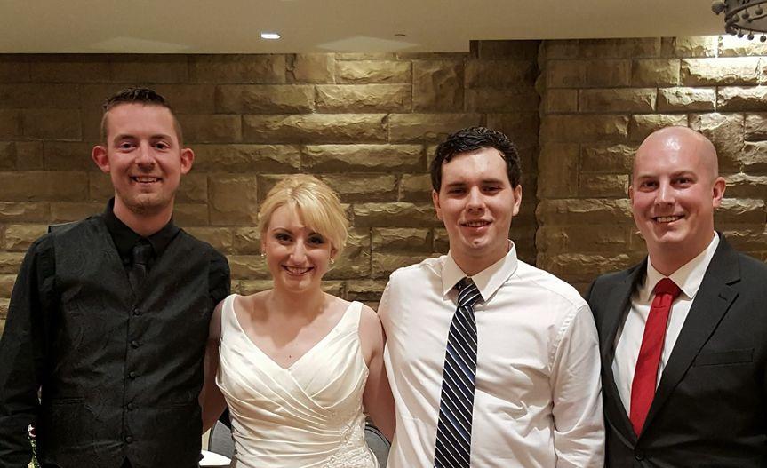 Couple and wedding DJ