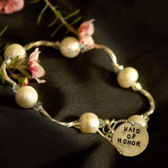 This bracelet is a perfect match to the Ayios necklace