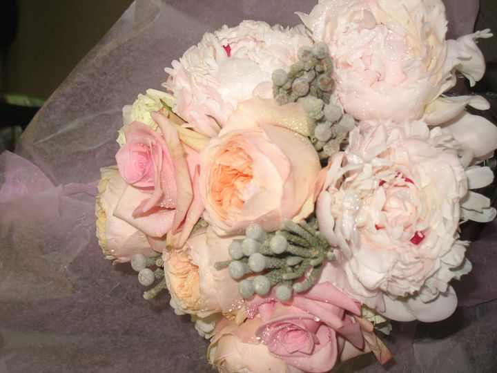 Upscale bridal bouquet