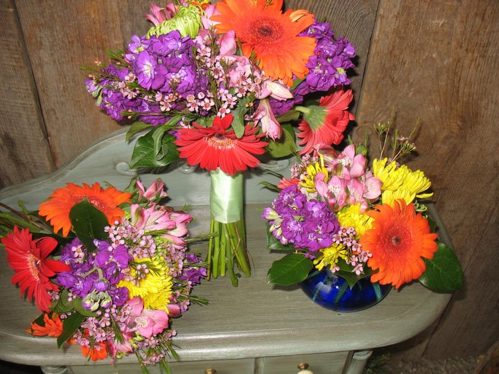 A colorful mix of flowers