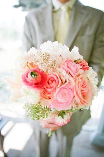 kat flower flowers brooklyn ny weddingwire. Black Bedroom Furniture Sets. Home Design Ideas