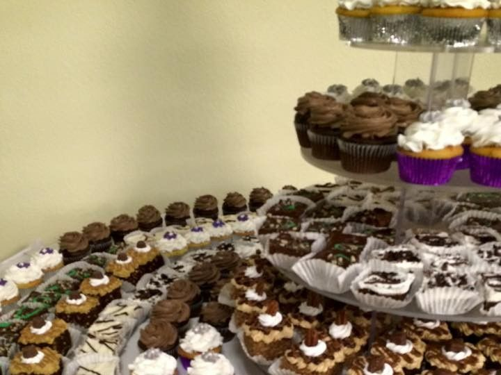 Tmx 1468333377522 Brownies Cupcakes And Desserts Menomonee Falls, WI wedding cake