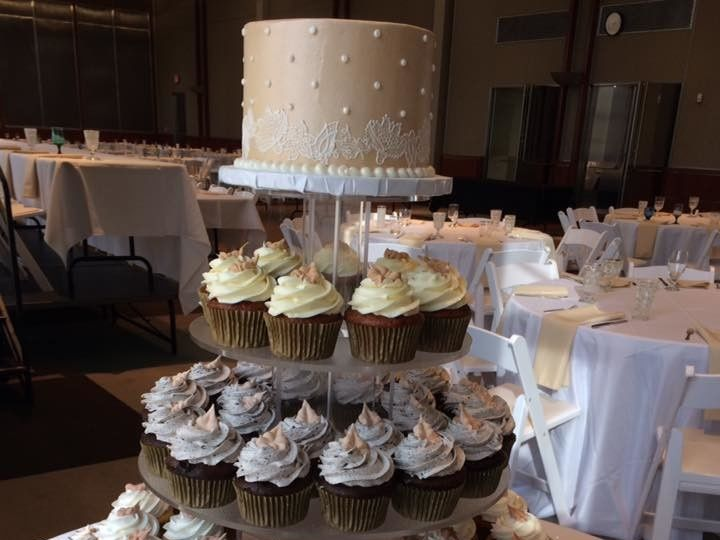 Tmx 1495743377988 Cupcakes Natural Tones2 Menomonee Falls, WI wedding cake