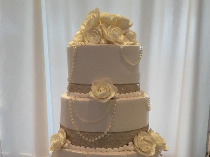 Tmx 1532742002 05290dc2651d61dd 1532742000 A4763cc825ed44c7 1532742012404 12 26903643 14054925 Menomonee Falls, WI wedding cake
