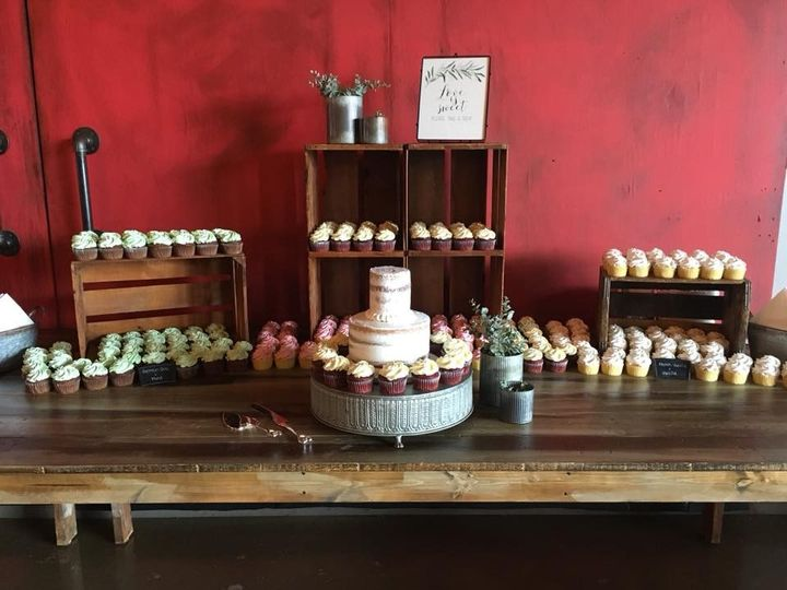 Tmx 2019 Cupcake Crates 2 51 83734 1565316300 Menomonee Falls, WI wedding cake