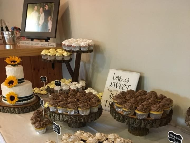 Tmx 2019 Cupcakes Custom Rustic Stand 2 51 83734 1565316403 Menomonee Falls, WI wedding cake