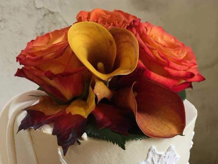 Tmx 2019 Embroidered Leaves 2 51 83734 1565314965 Menomonee Falls, WI wedding cake