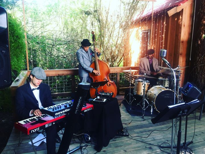 Cocktail jazz trio