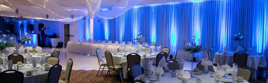 800x800 1399606747458 wedding reception avon oaks country club blue upli