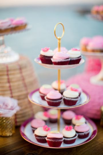 pink & white wedding cupcakes with tiny pink floret toppers at Broadway Pier, SD.