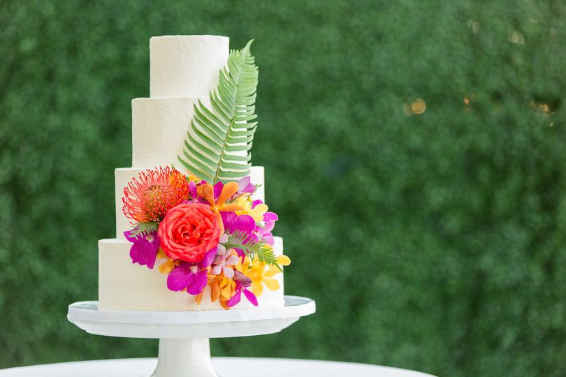 Wedding cake with Gorgeous Tropical Explosion!