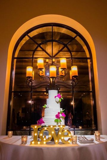 Classic wedding cake with horizontal texture buttercream at Estancia La Jolla