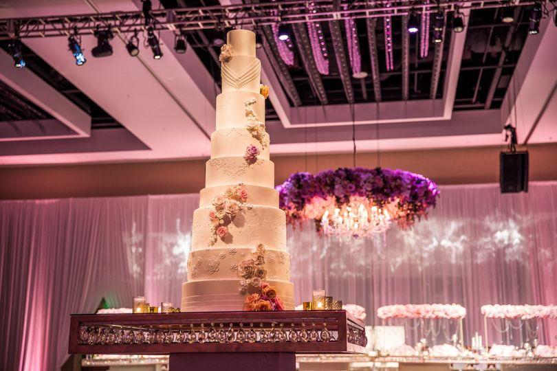 Beautiful wedding cake BAC