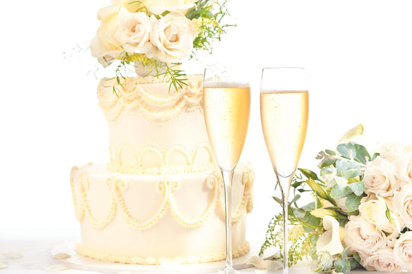 champagne cakegettyimages 483226108