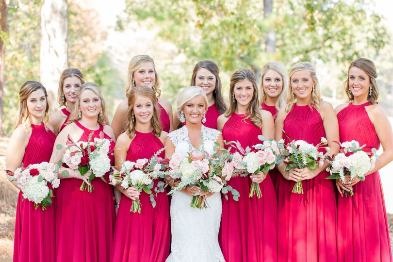 3d772eb6571709 Wedding Vendors Birmingham Wedding Venues Birmingham.  10132776393715794207611754040501n Riverchase Country Club The bride with  her bridesmaids